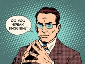Est-il conseillé d'avoir un contrat en anglais soumis au droit français ?